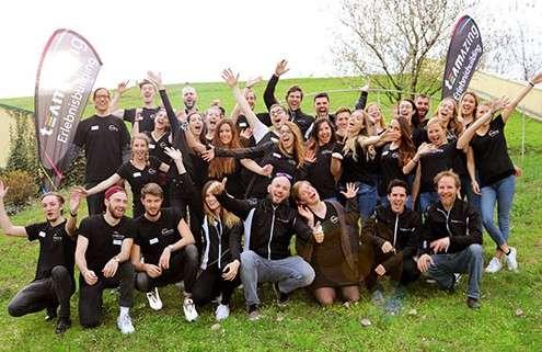 Junges Team von Teambuildern sucht neue Mitarbeiter