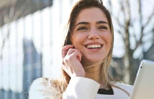 Junge Frau sucht Beruf mit Zukunft