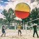 Riesen-Volleyball als lustiges Teambuilding: Blobby Volley